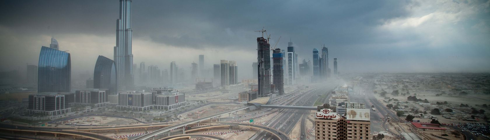 Burj Al Caliph Sand Storm