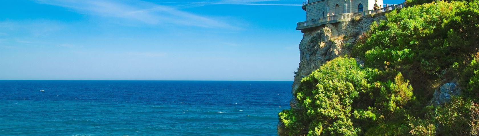 Cliff Top Castle