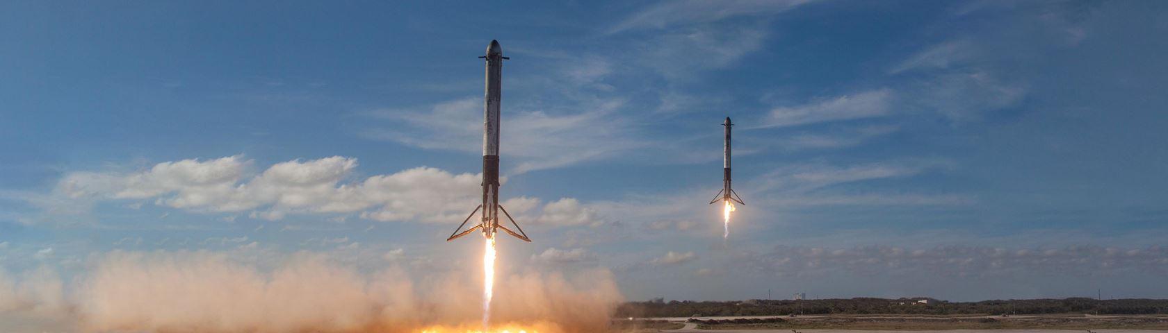 Falcon Heavy Boosters Landing