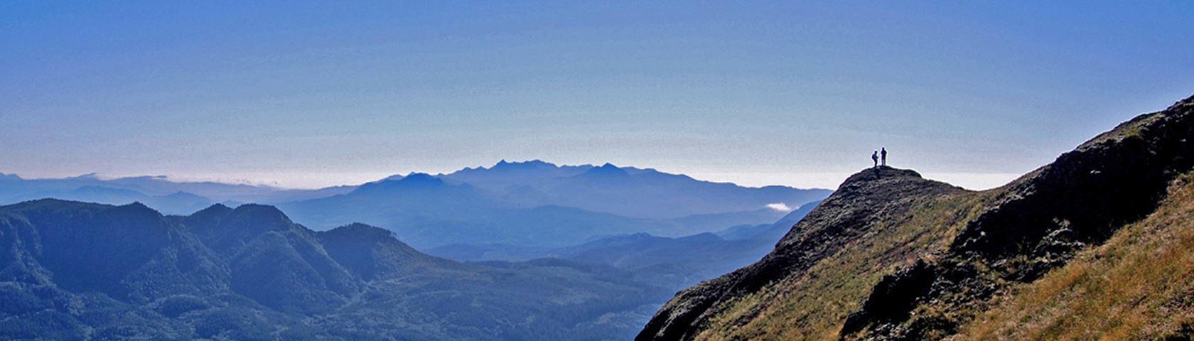 On the Edge (Saddle Mountain)