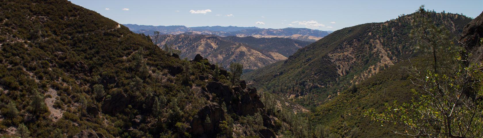 Pinnacle's Mountain Valley