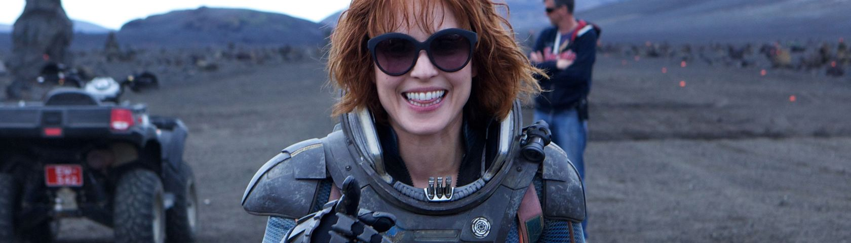 Noomi Rapace On Set